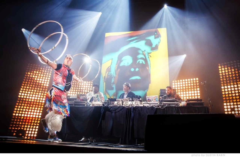 2606-2013_polaris_gala_a_tribe_called_red