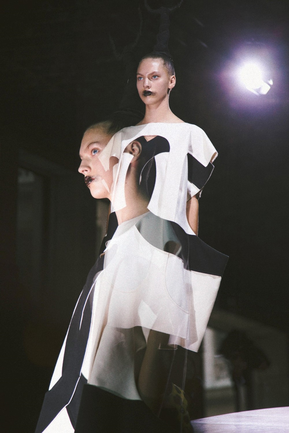 COMMESDESGARCONS_SS14_12