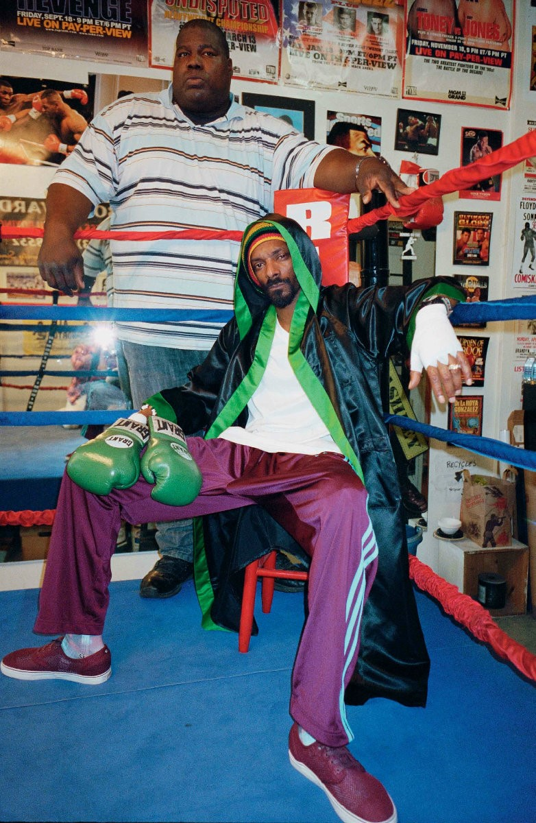 Satin boxing robe by EVERLAST; t-shirt by G-STAR;