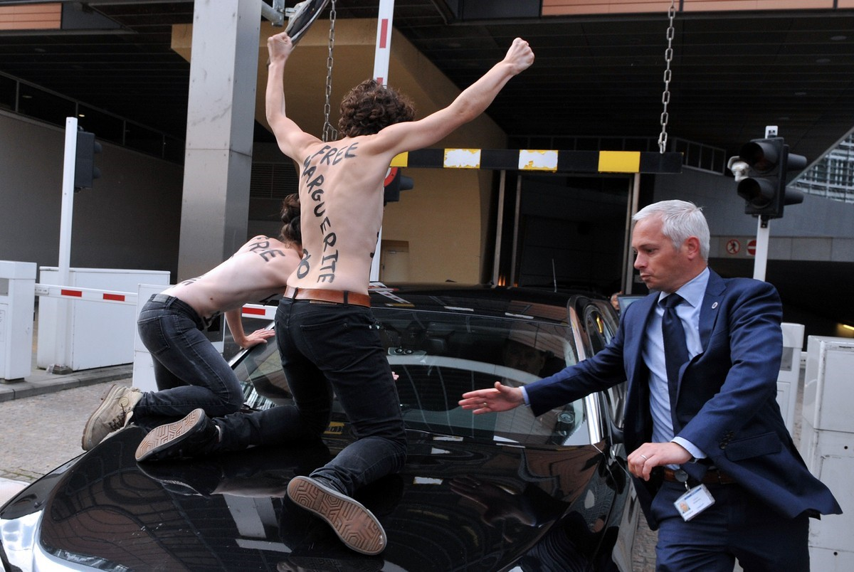 Femen protesting PM of Tunisia