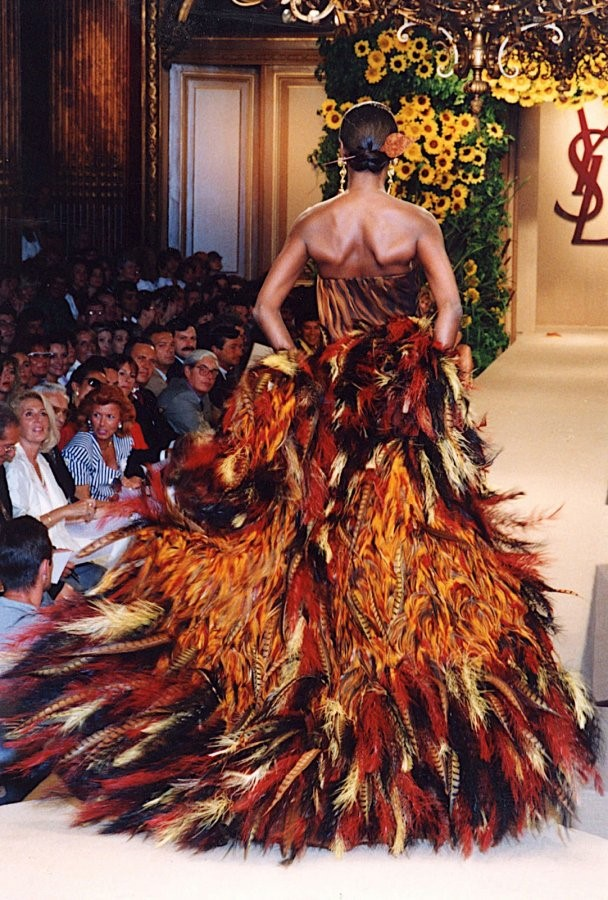 Yves Saint Laurent, number 82, multicolor feather