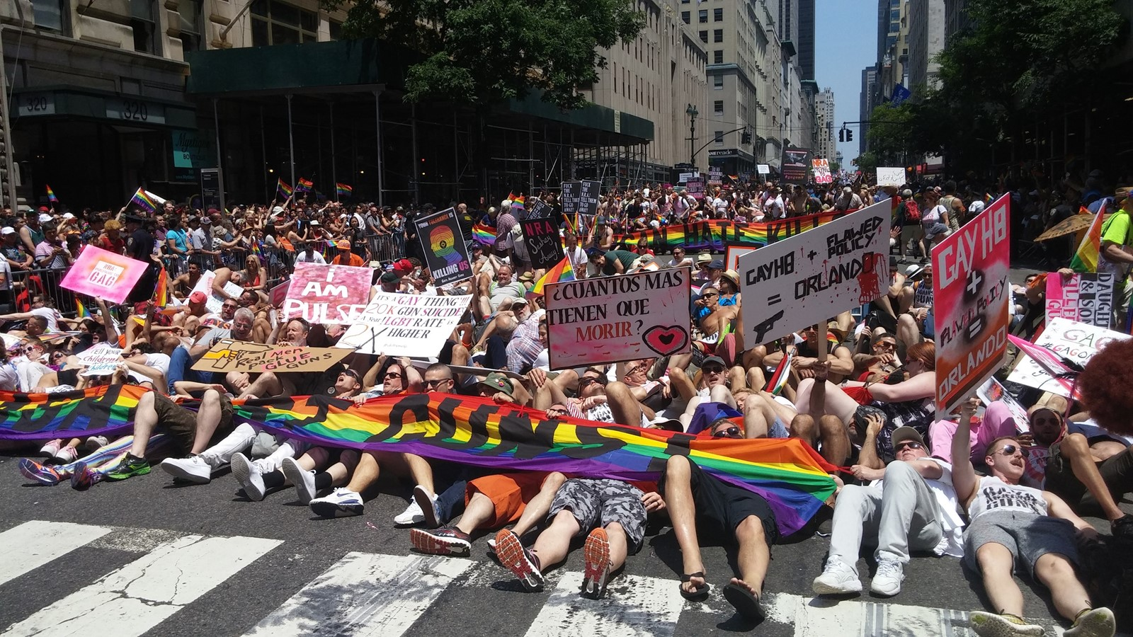 160627_gays_against_guns_1_0b6815f953c5c502044586f