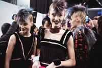 130221_FENDI-BACKSTAGE_0586