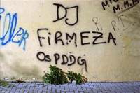 DJ tags on the social housing walls