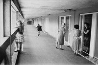 02_PressImage l Roger Mayne, Park Hill Estate, She