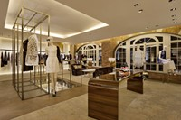 07_FENDI New Bond Street Boutique London_ RTW room