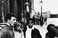 06_PressImage l Roger Mayne, Men and boys in South