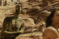 """JOHN CARTER"" L to R: Tars Tarkas (Willem Dafoe),"