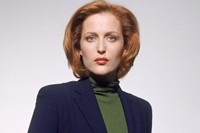 Scully cult female character style comic con