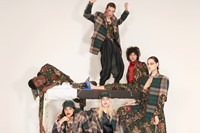 vivienne westwood aw18 campaign don't get killed