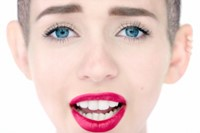 Miley in Drake's Energy Video