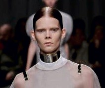 Givenchy's gold vicar chokers.