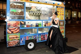 Celine Dion style met gala hot dog