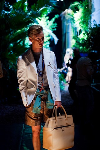 dsquared_def__13-Exposure