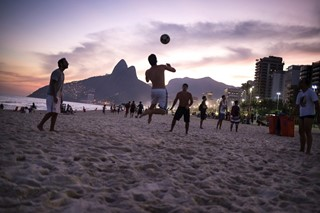 beach football vinicius