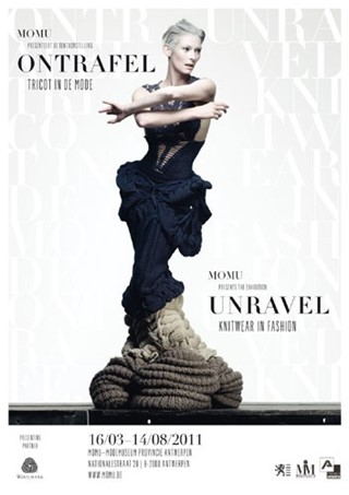 """Image Campaign """"Unravel. Knitwear in Fashion, """"Des"""