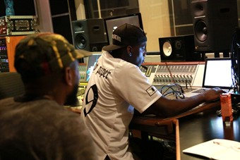 Yannick and Mos Def working in the studio