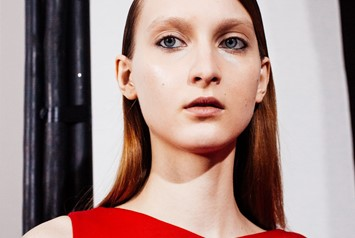 Osman AW15, Structure, Silhouette,