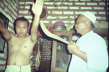 The Madura dukun perform a ritual