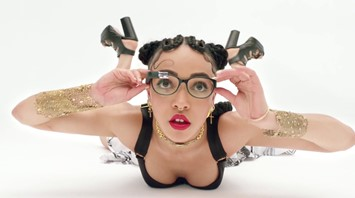 FKA Twigs wearing Google Glass