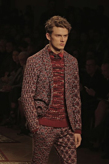 Missoni Red Knitted Suit Milan AW15