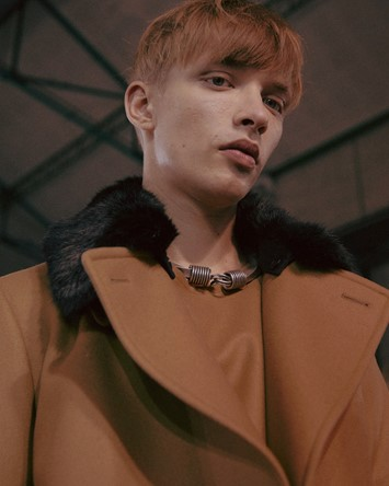 Dries Van Noten AW15 Fur Collar Camel Coat Hooked Necklace