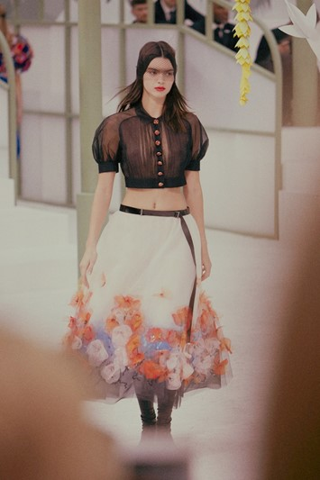 Kendall Jenner Chanel Haute Couture SS15 transparency skirt