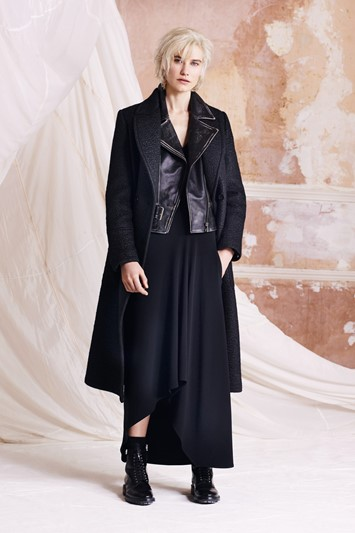 Belstaff AW15 Womenswear London presentation layer leather