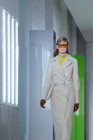 Jil Sander AW15, Dazed runway, Womenswear, Orange Shades