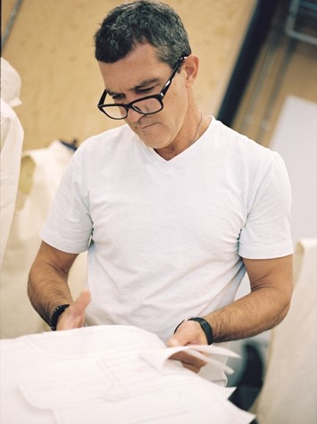 Antonio Banderas Fashion student at CSM 1 Granary interview