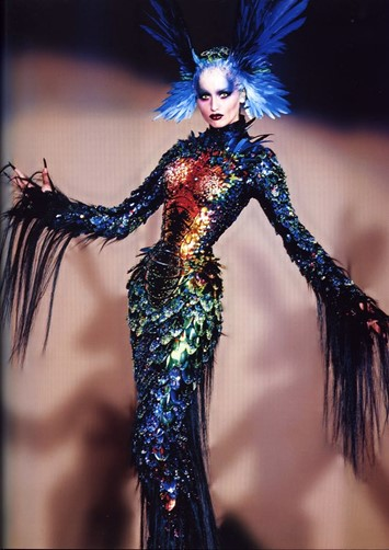 thierry-mugler-haute-couture-fall-winter-1997-via-