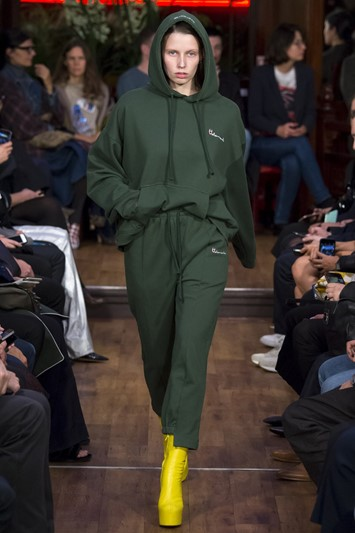Vetements SS16 hoodie tracksuit Champion