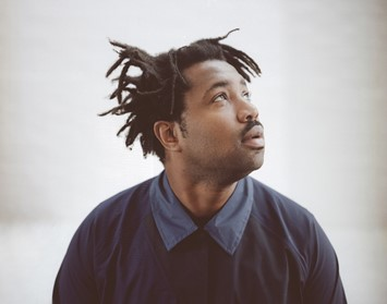 Sampha_Press_OPT2_0001_1 copy