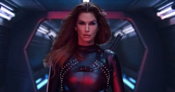 Cindy Crawford Úna Burke Taylor Swift Bad Blood