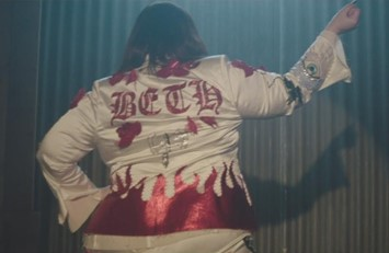 Beth Ditto Fire Video