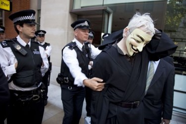 julian-assange-anonymous-occupy-london-mask-488x32