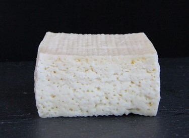 Cheeses-made-with-human-bacteria-recreate-the-smel