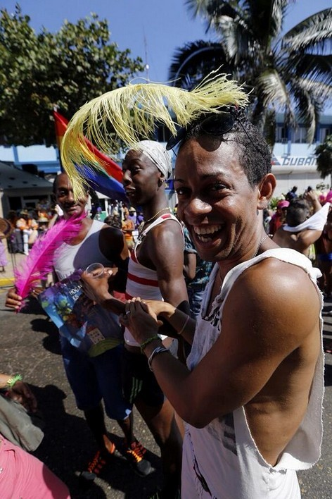 Cuba to hold mass gay wedding to promote LGBT rights