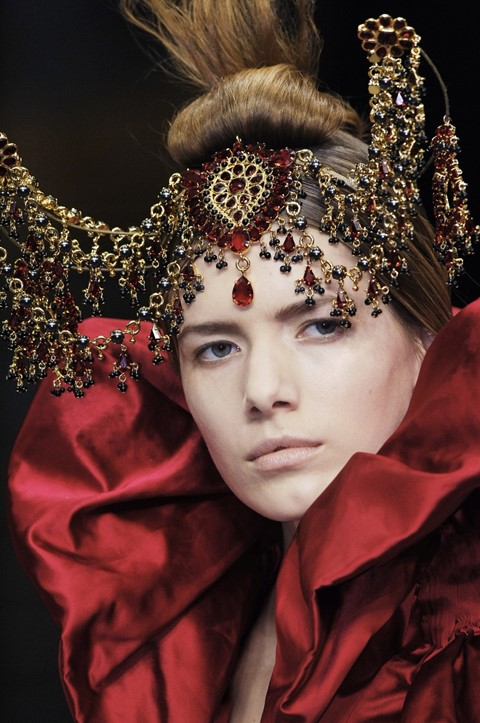Alexander McQueen play gears up to premiere in London