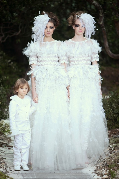 Chanel lesbian couture brides SS13 spring 2013