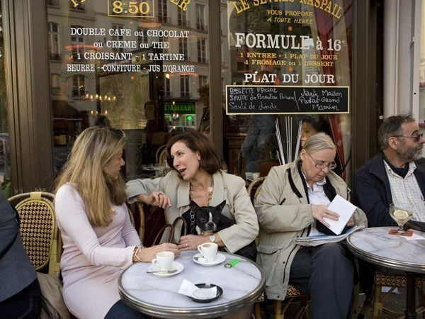 paris-cafe_22540_600x450