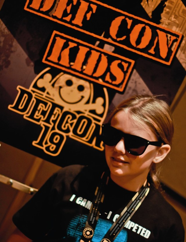 2011_DefCon_19_CyFy_10_year_old_hacker_upscale