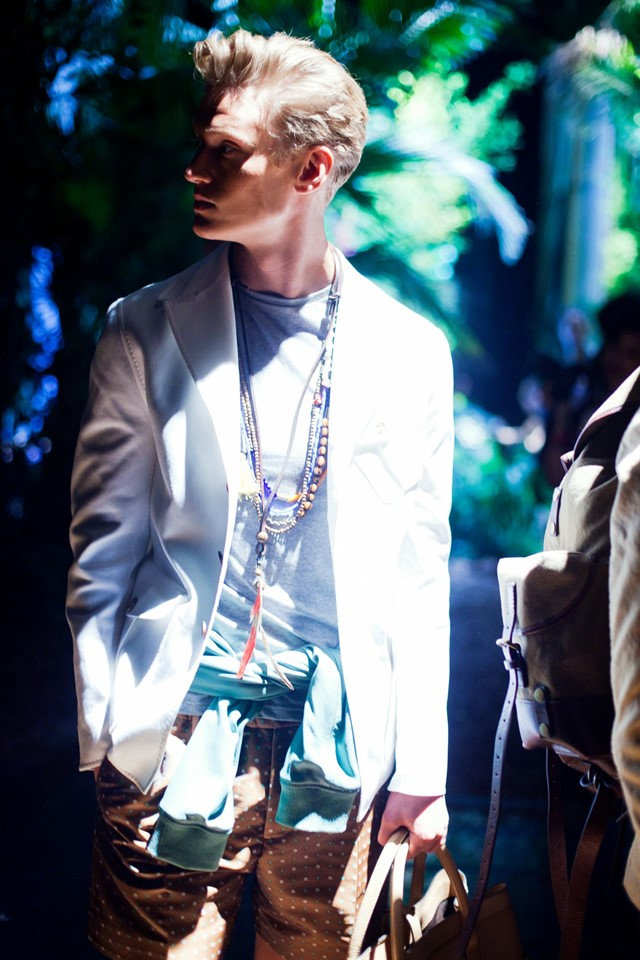 dsquared_def__17-Exposure