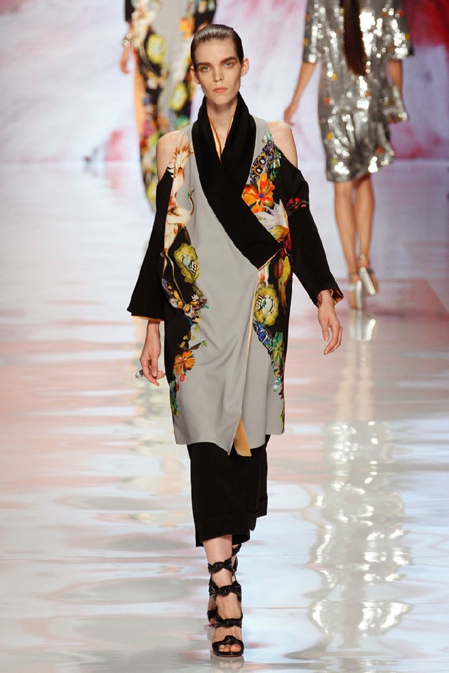 I loved this deconstructed kimono from Etro worn b