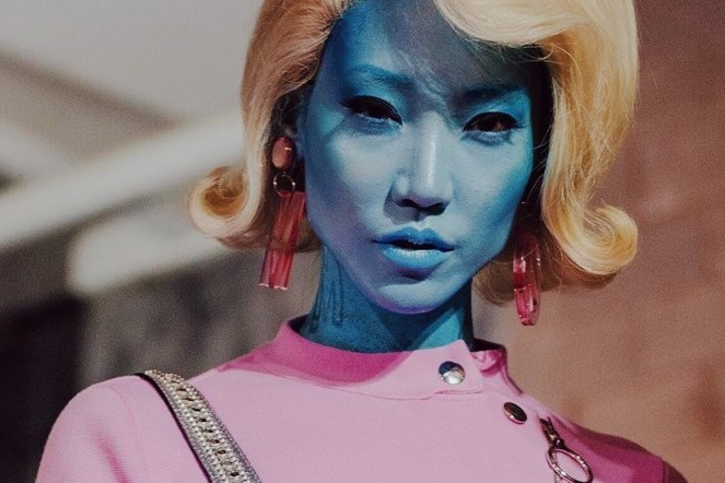 Fashion Beauty World Facebook: Why Are Aliens, Drones, And Cyborgs Invading The Runway