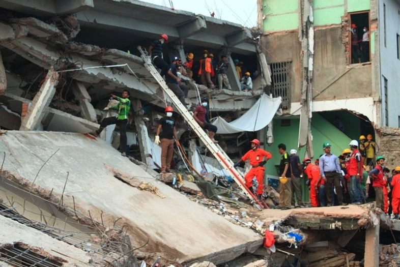 2013_savar_building_collapse02