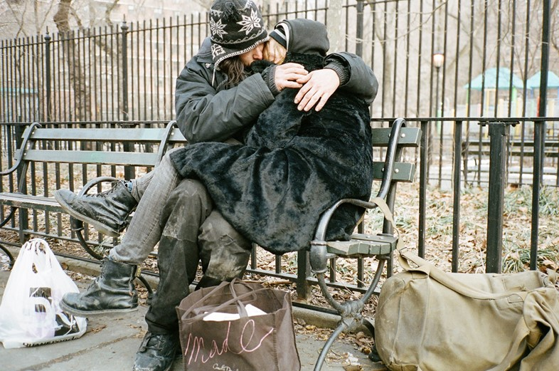 Caleb Landry Jones and Arielle Holmes in Heaven Knows What
