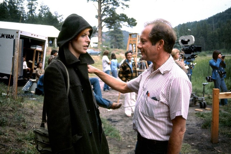 Bowie and Roeg on the set of The Man Who Fell to Earth