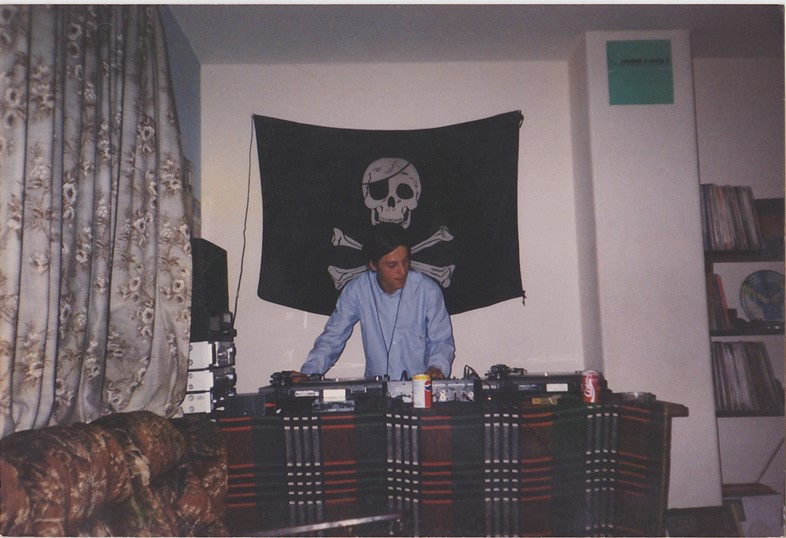 Uncle Dugs Pirate Radio