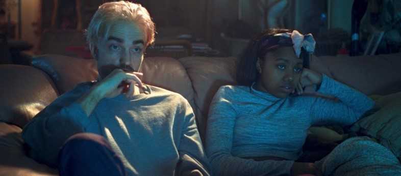 Robert Pattinson and Taliah Webster - Good Time